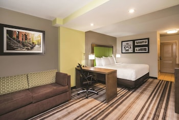 La Quinta Inn And Suites Brooklyn Central