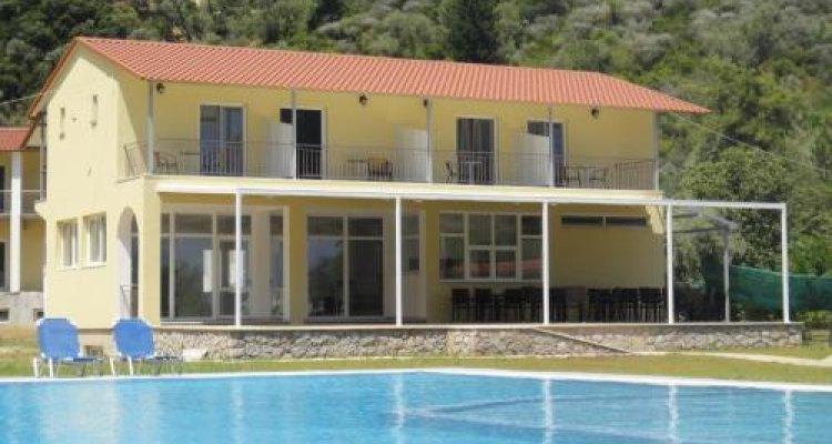 Menes Hotel