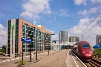 Holiday Inn Express  Sloterdijk Station
