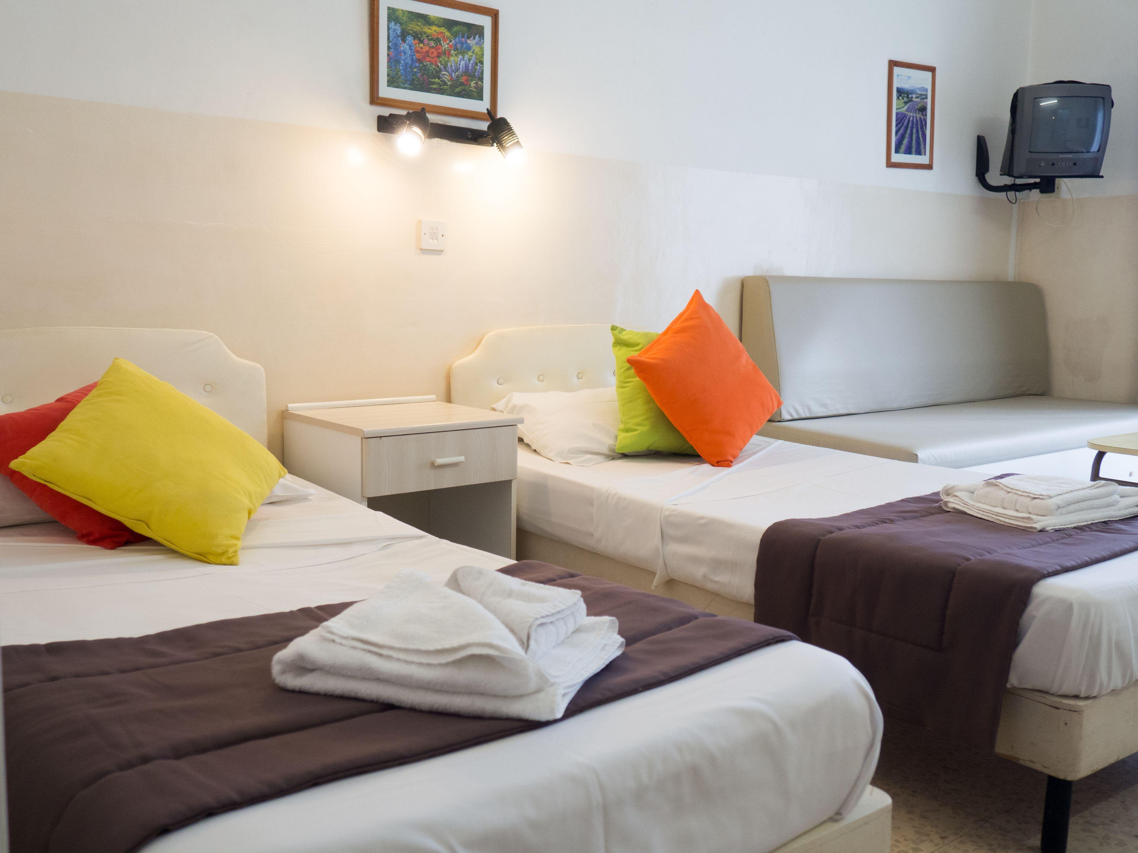 Huli And Apartments