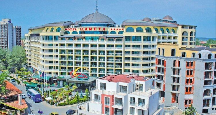 Planeta - Menada Apart-Hotel