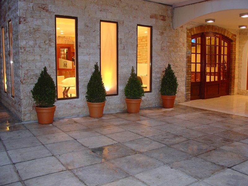 OASIS HOTEL (Perama) (C)