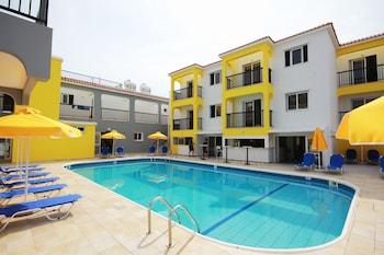 Cleopatra Apartments