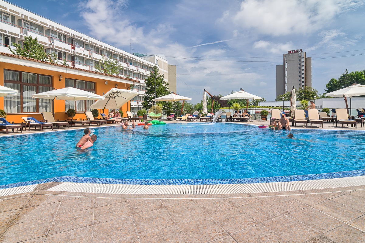 Hotel SATURN- Oferta 6=7 nopti- All Inclusive