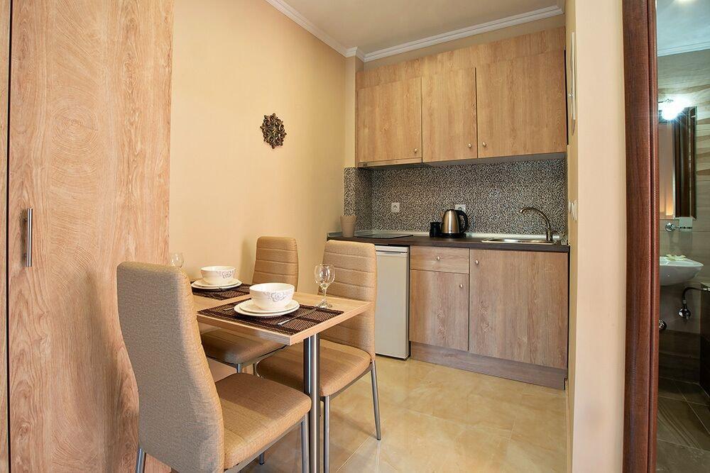 Valery Apartments