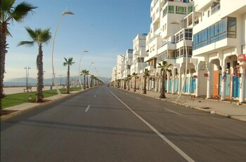 House With 2 Bedrooms in Martil, With Wonderful sea View and Enclosed